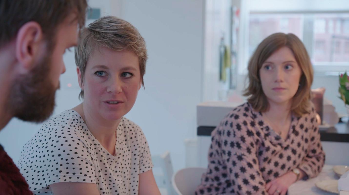 Afbeelding van Extra scène: high tea met Lotte's vriendinnen - Over Mijn Lijk