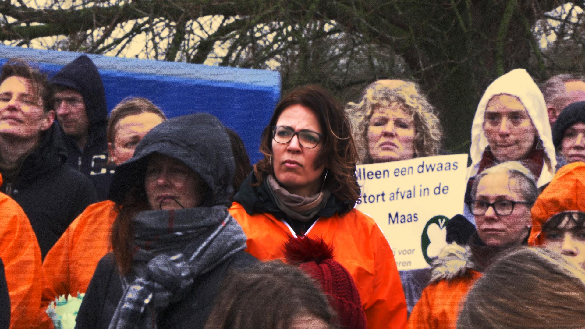 Afbeelding van Carnavalswagen als protest tegen granulietstort